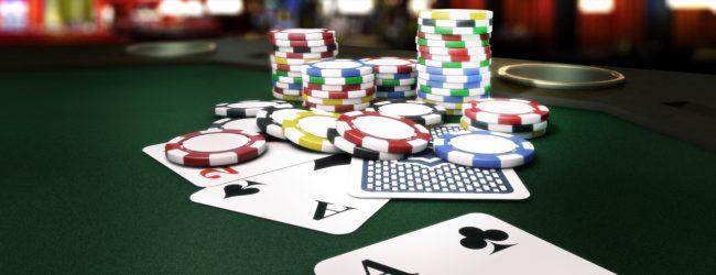 научиться играть в онлайн покер с нуля